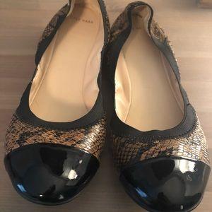 Cole Haan Snakeskin Black Toe Cap Flat Size 10